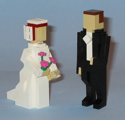 lego-blockheads-bride-groom-wedding-cake-topper